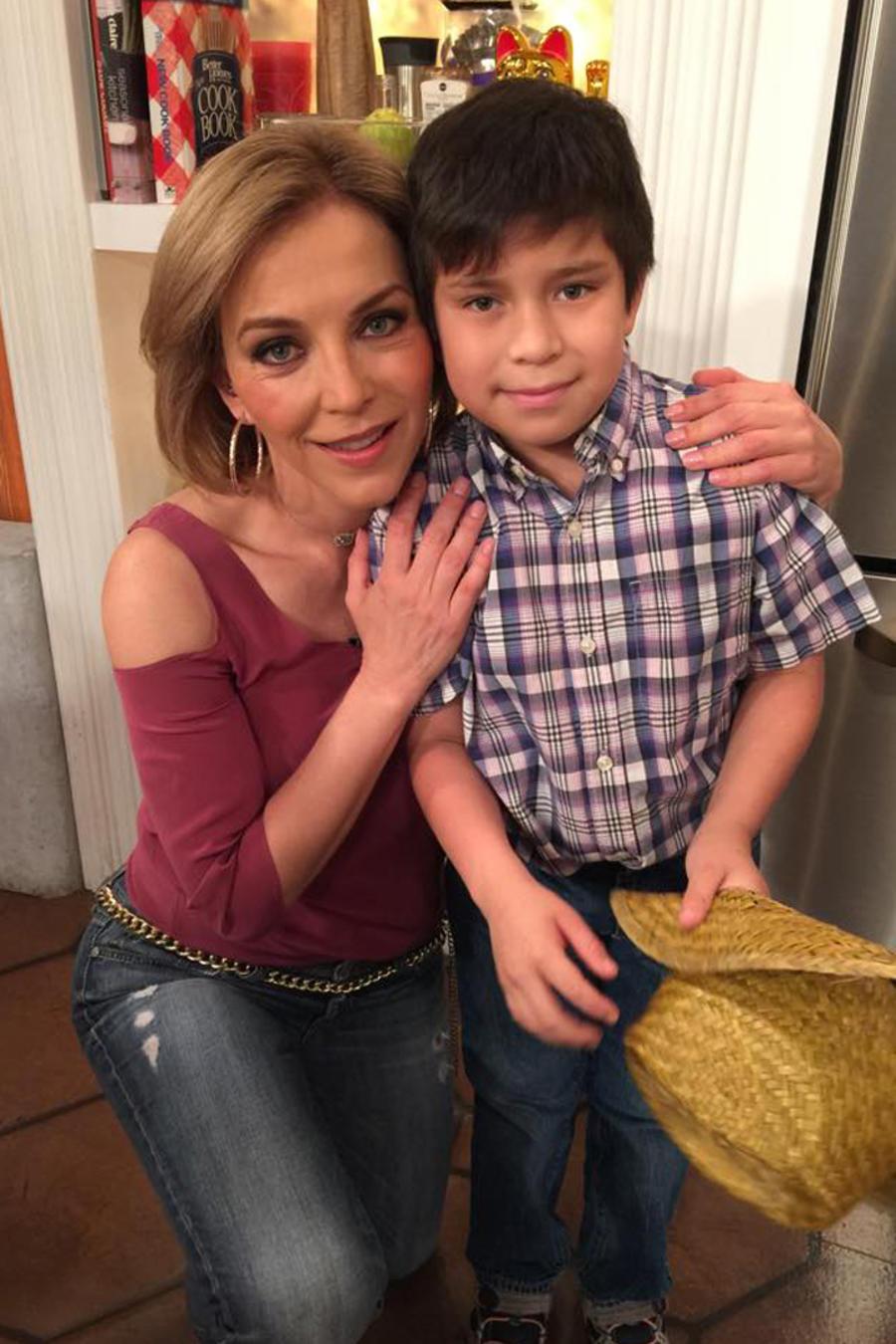 Laura Flores e hijos