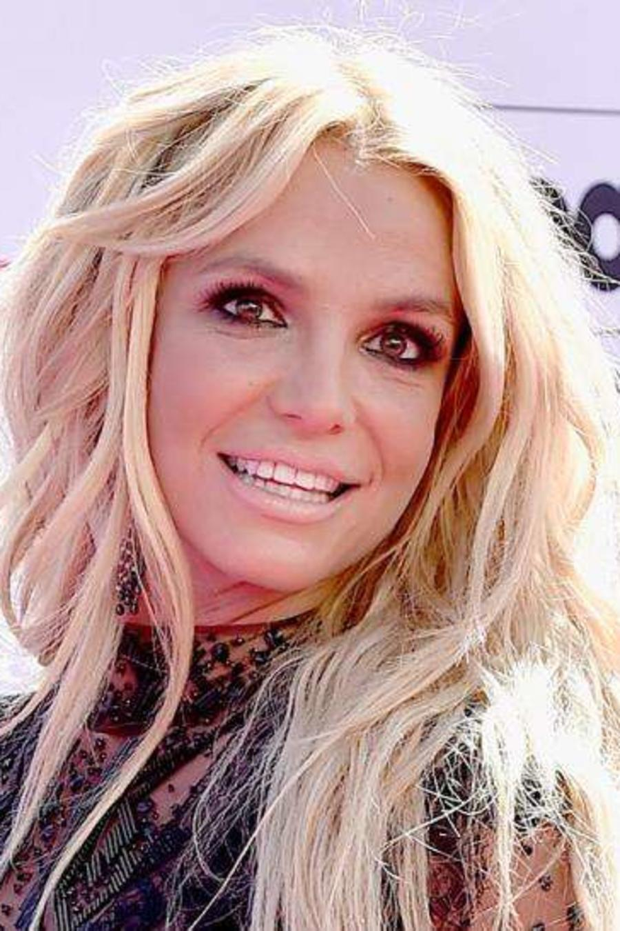 Britney Spears en la alfombra roja de Billboard Awards