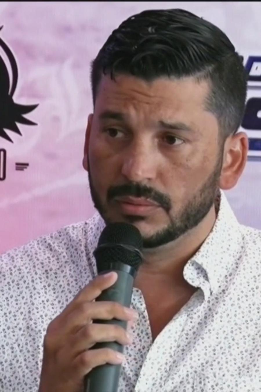 'El Flaco' dejó de ser el cantante de Los Recoditos (VIDEO)