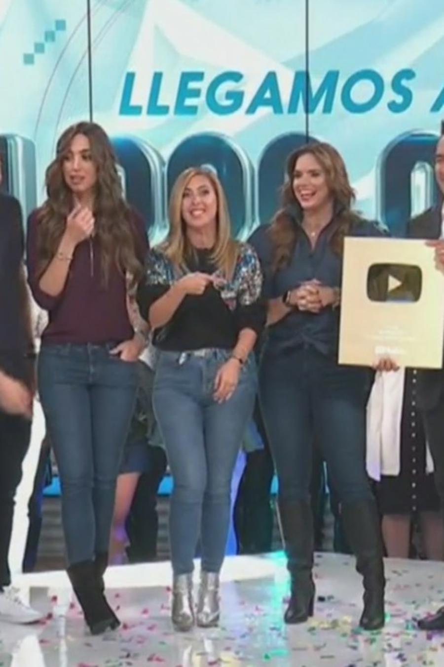 Un Nuevo Día recibe el botón de oro por su primer millón en YouTube