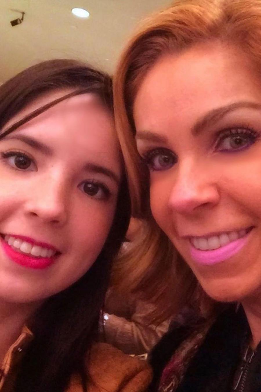 Rocío Sánchez Azuara y su hija