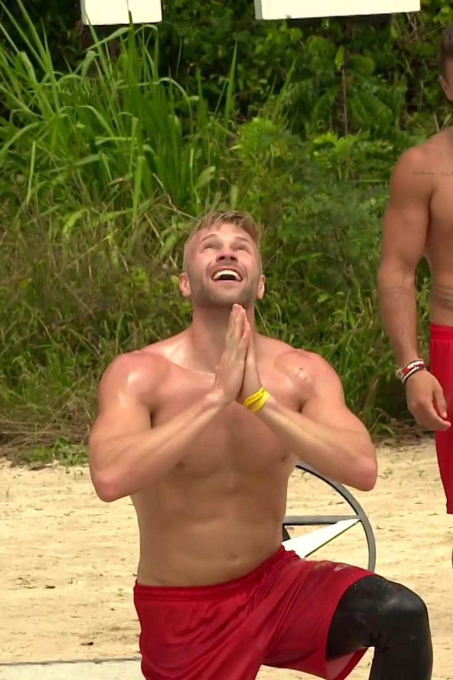 Nate agradece a dios su victoria
