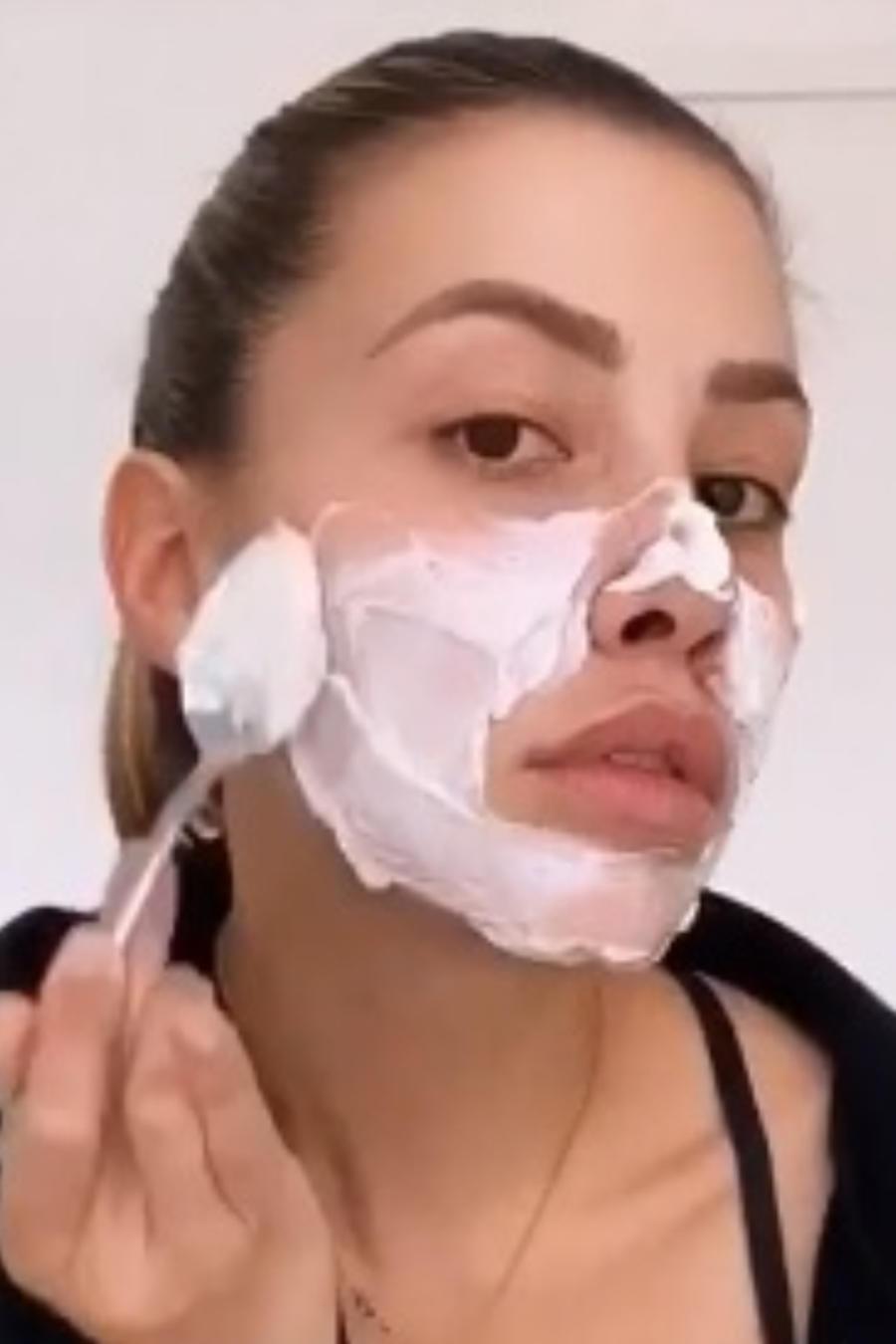 Michelle Salas mascarilla