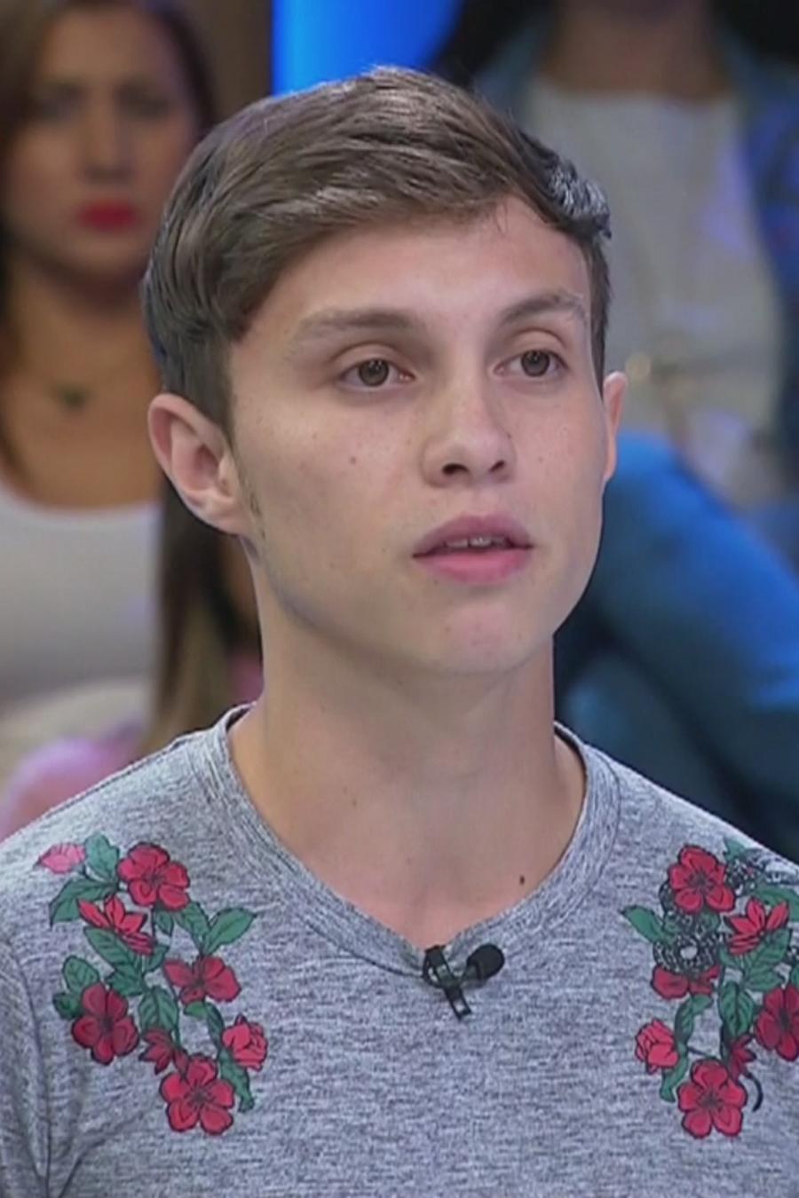 Deseo que mi hijo pierda su asilo y regrese a Colombia