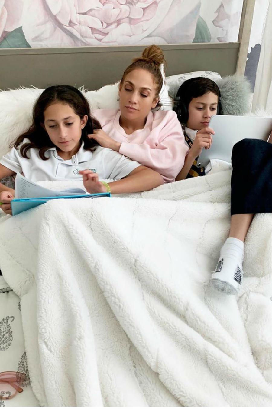 Jennifer Lopez y Madonna con sus hijos