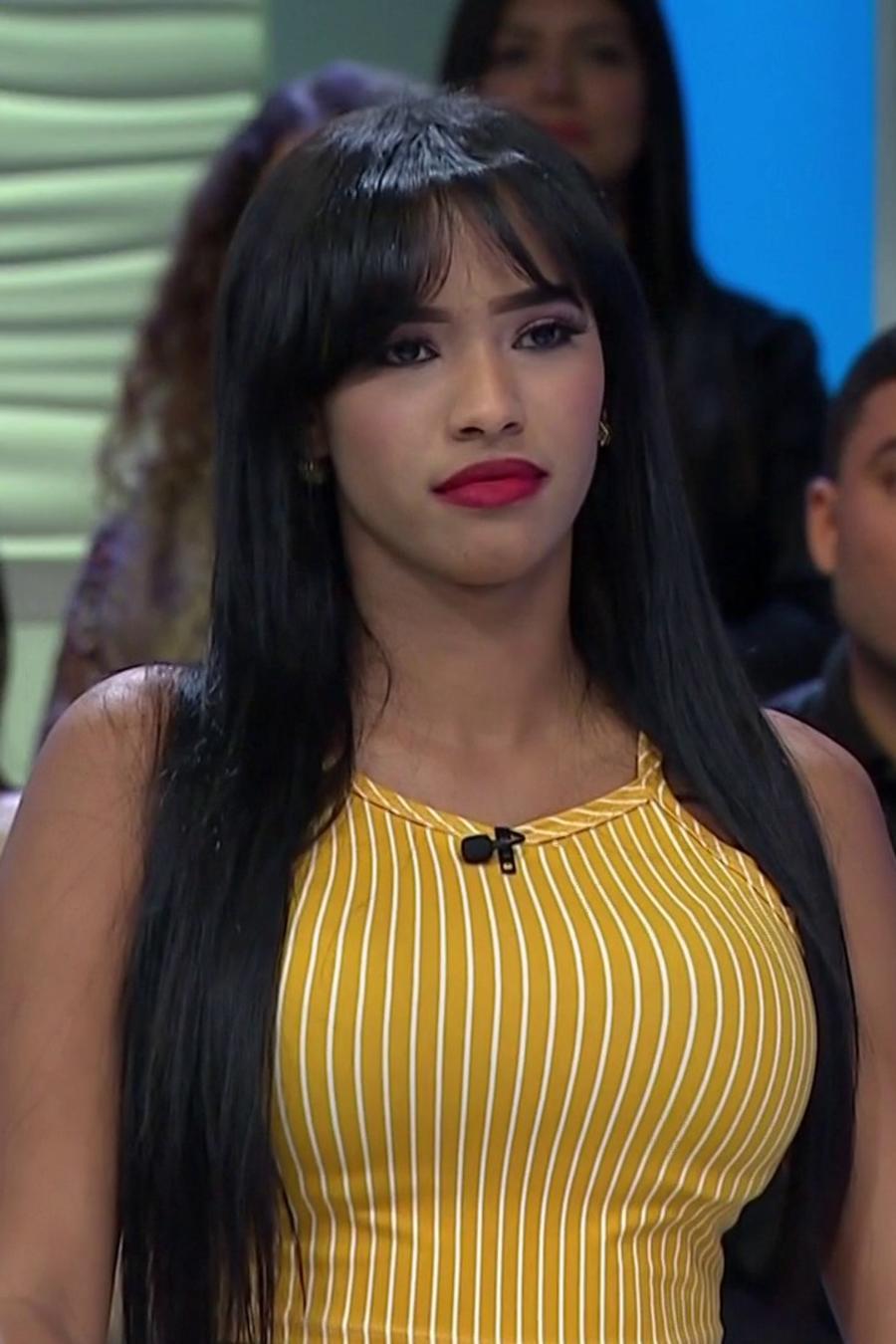 Esposa dominicana trae a toda su familia