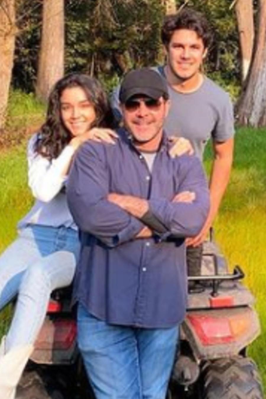 Eduardo Capetillo y sus hijos