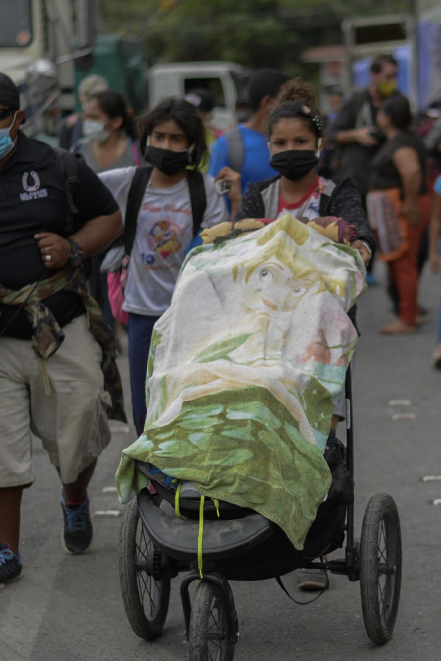 Caravana migrante a su paso por Guatemala