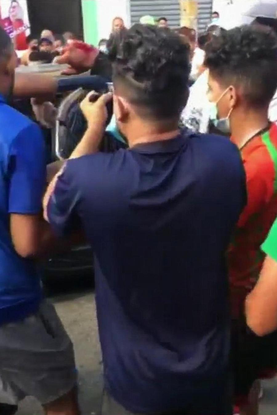 Imágenes tras el tiroteo de una peluquería en República Dominicana