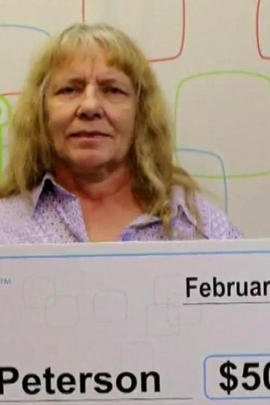 Mujer gana la lotería dos veces en dos días consecutivos