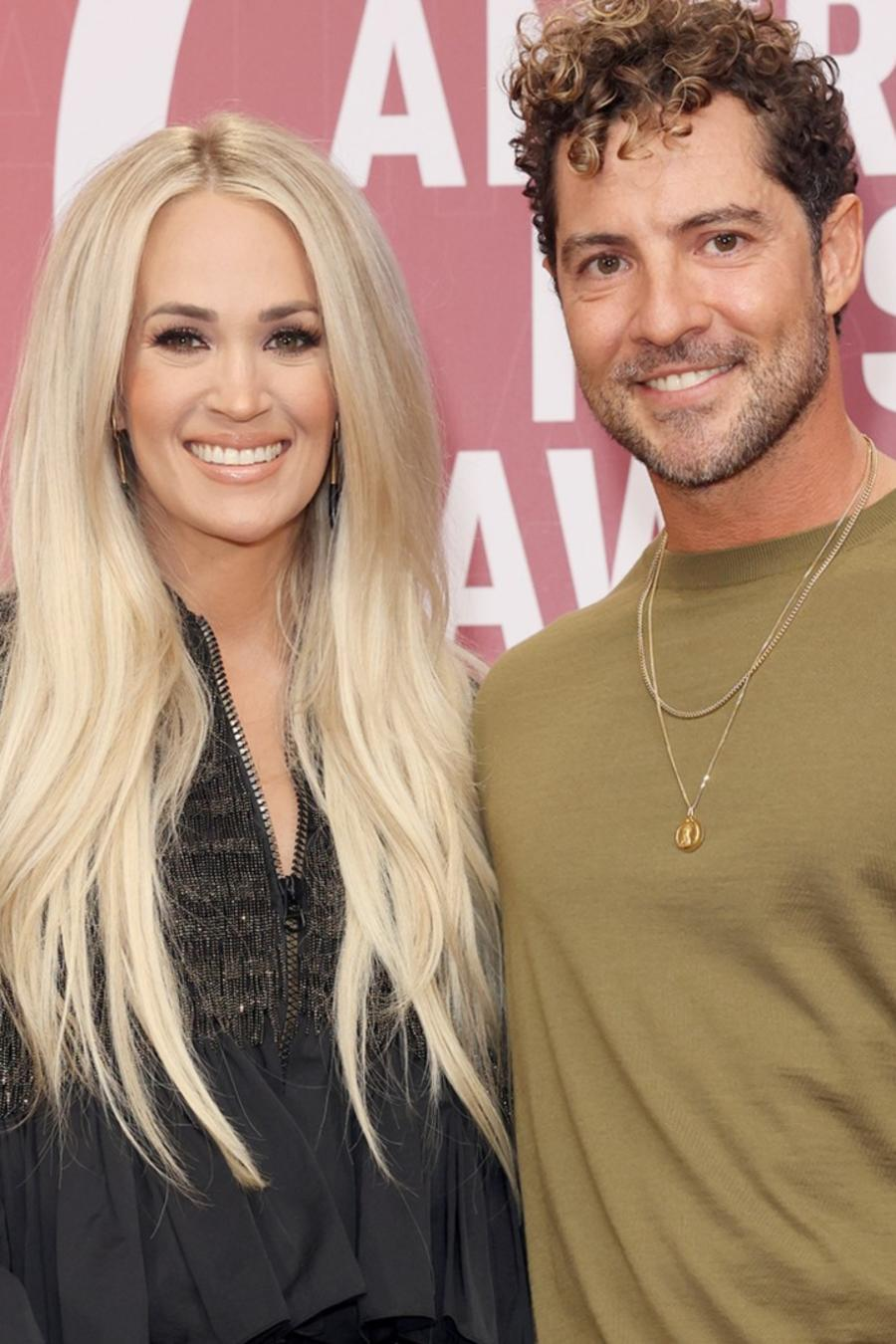 David Bisbal y Carrie Underwood at the backstage of Latin American Music Awards 2021