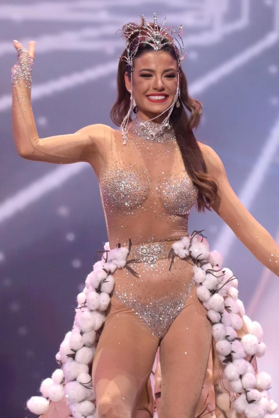 Julia Gama, Miss Brasil 2020, candidata a Miss Universo 2021, 69na. edición traje típico