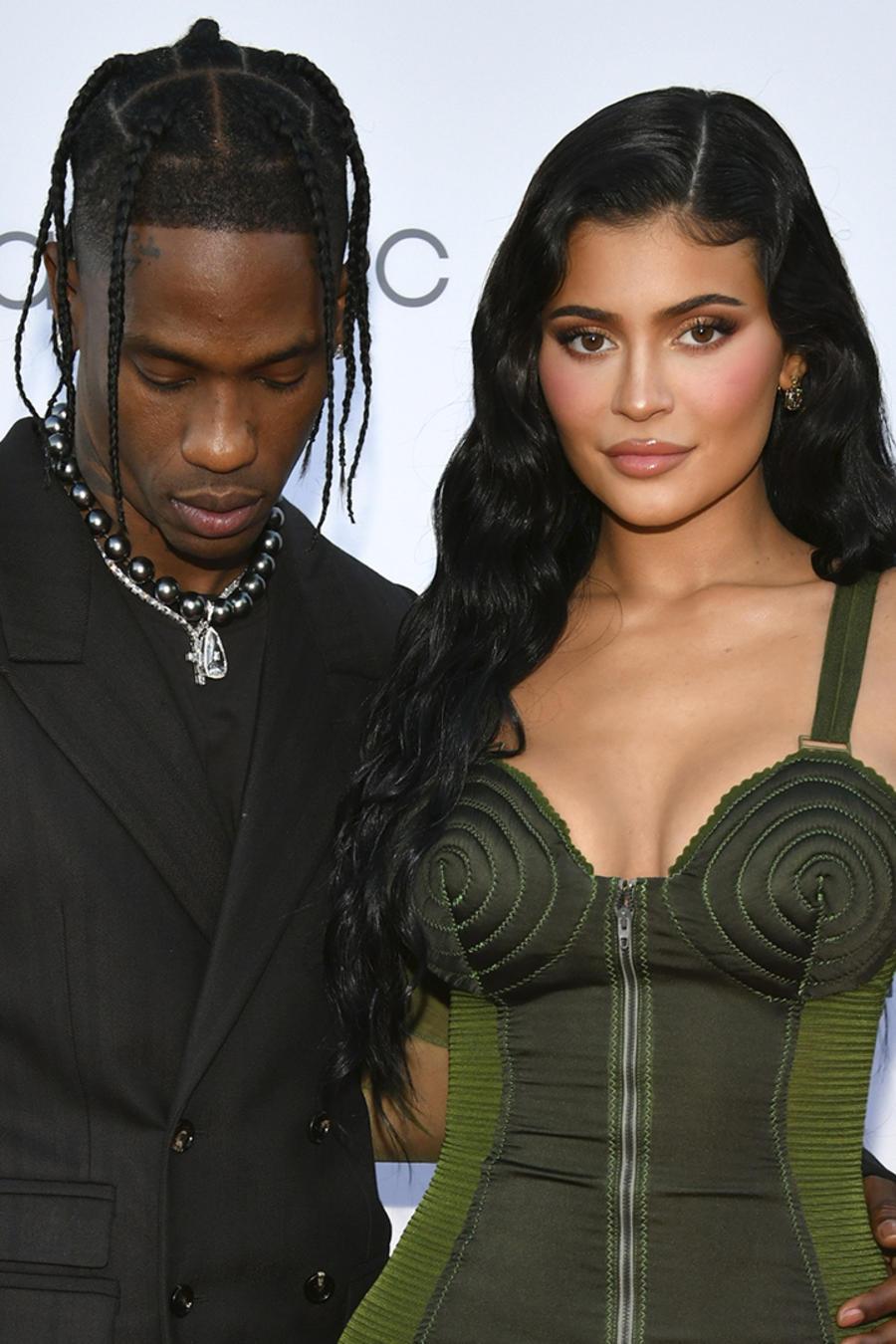 Kylie Jenner y Travis Scott, juntos de nuevo en los premios Parsons Benefit.