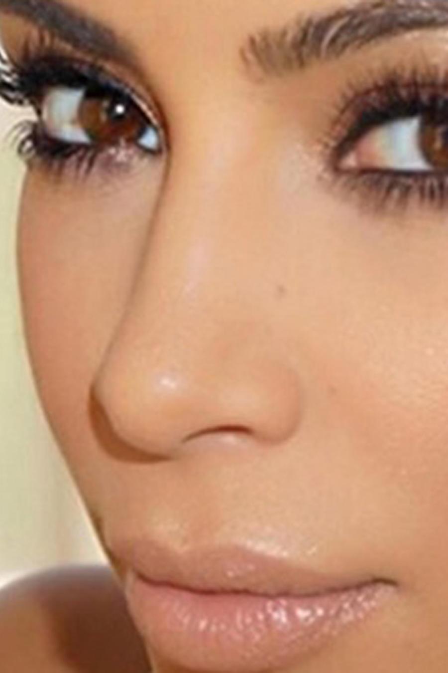 Kim Kardashian promueve pastillas Diclegis