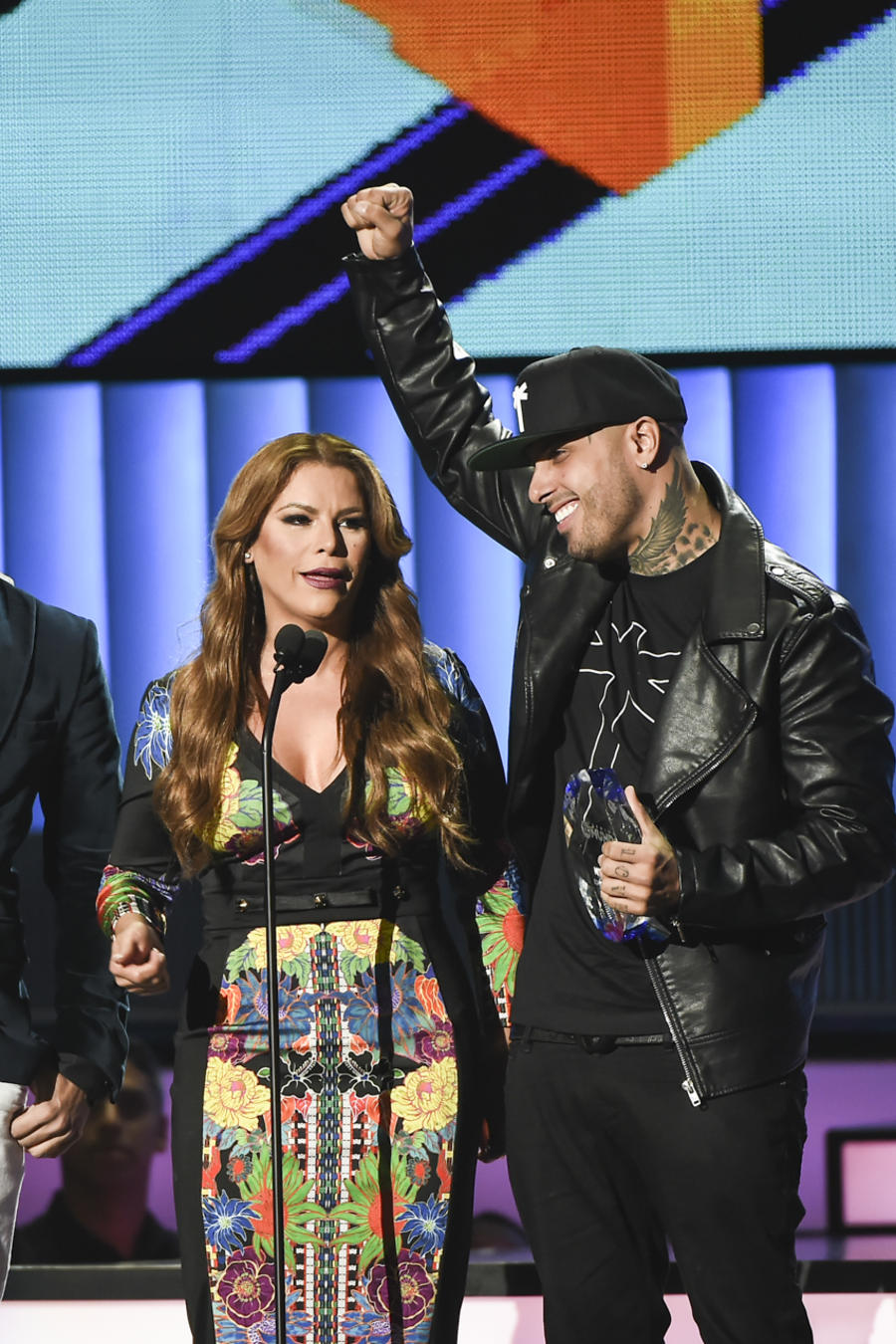 Nicky Jam, Premios Tu Mundo 2015