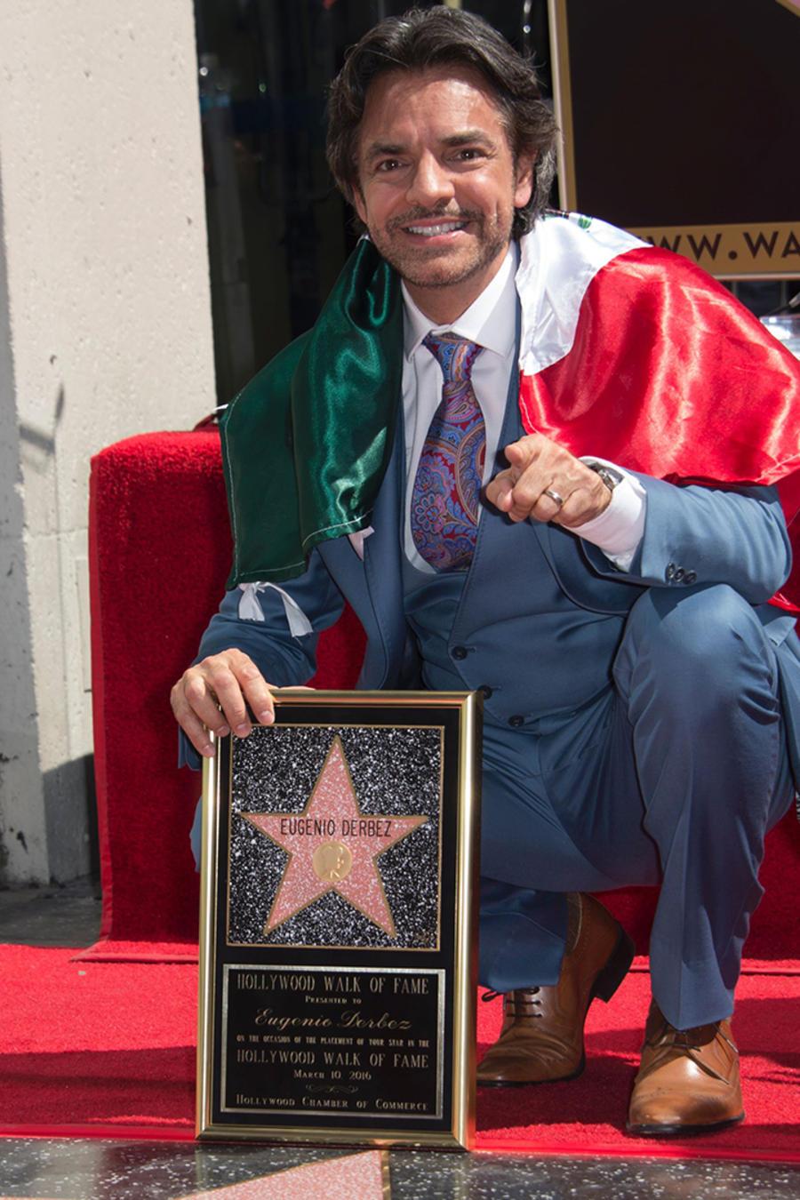Eugenio Derbez devela su estrella en Hollywood