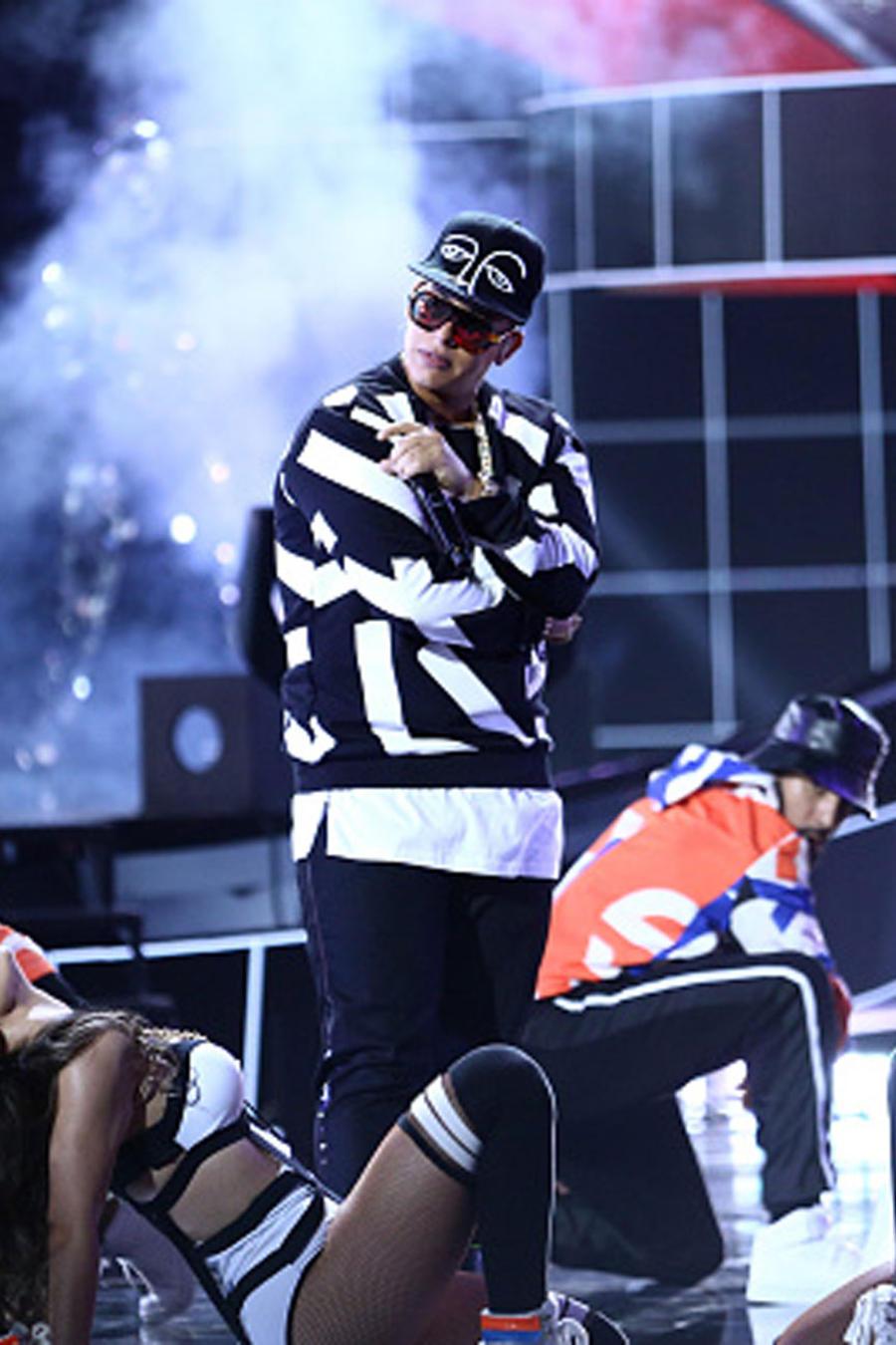 Daddy Yankee Billboards 2016