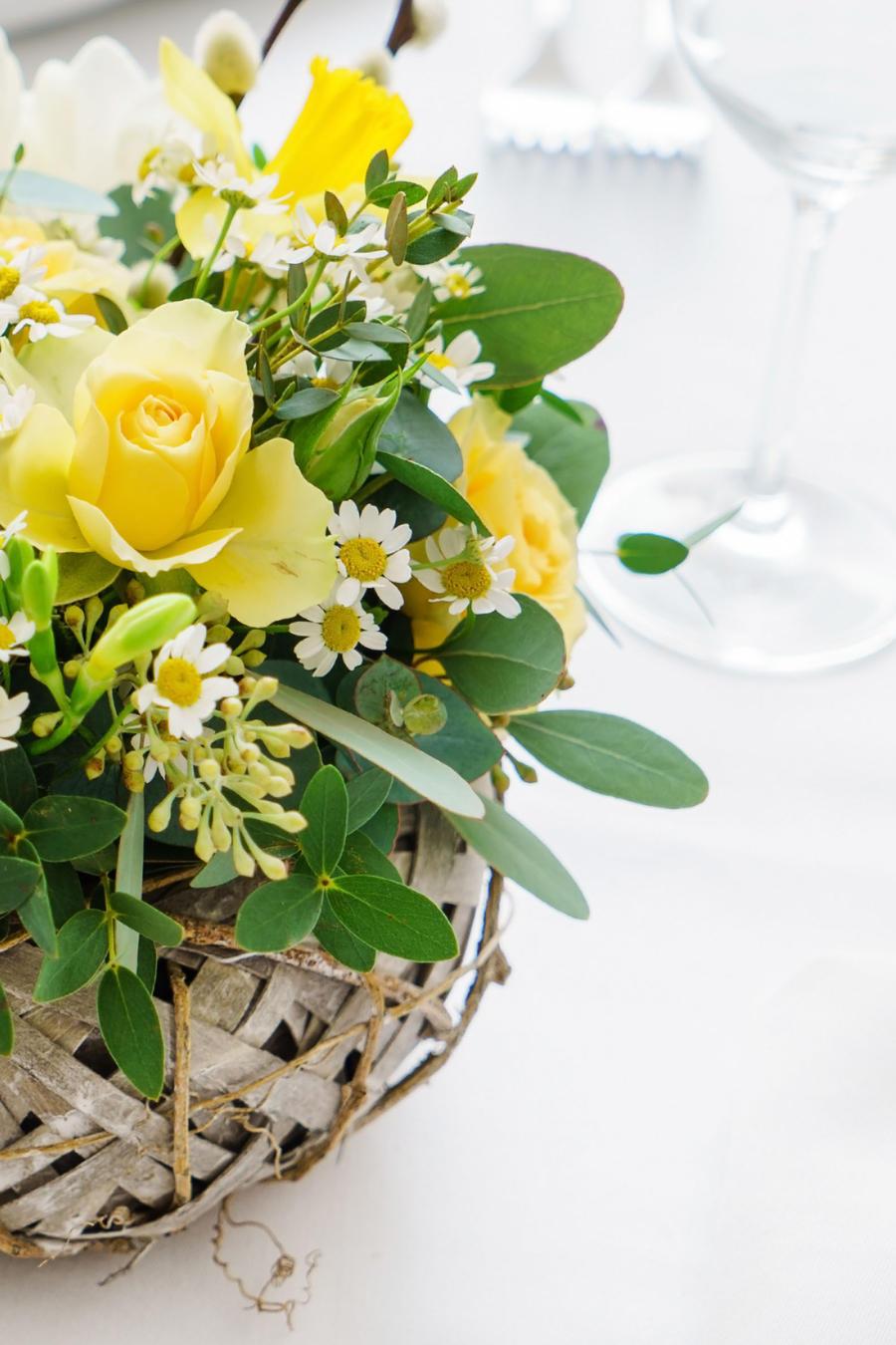 Centro de mesa para el día de Pascua