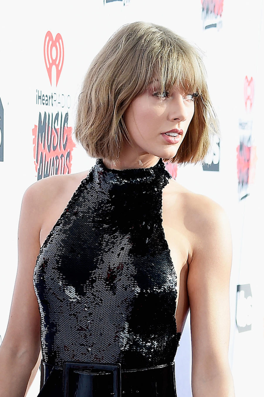 Taylor Swift at The iHeartRadio Music Awards - Red Carpet