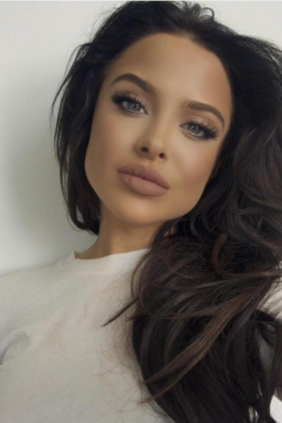 Conoce a Mara Teigen la nueva doble de Angelina Jolie