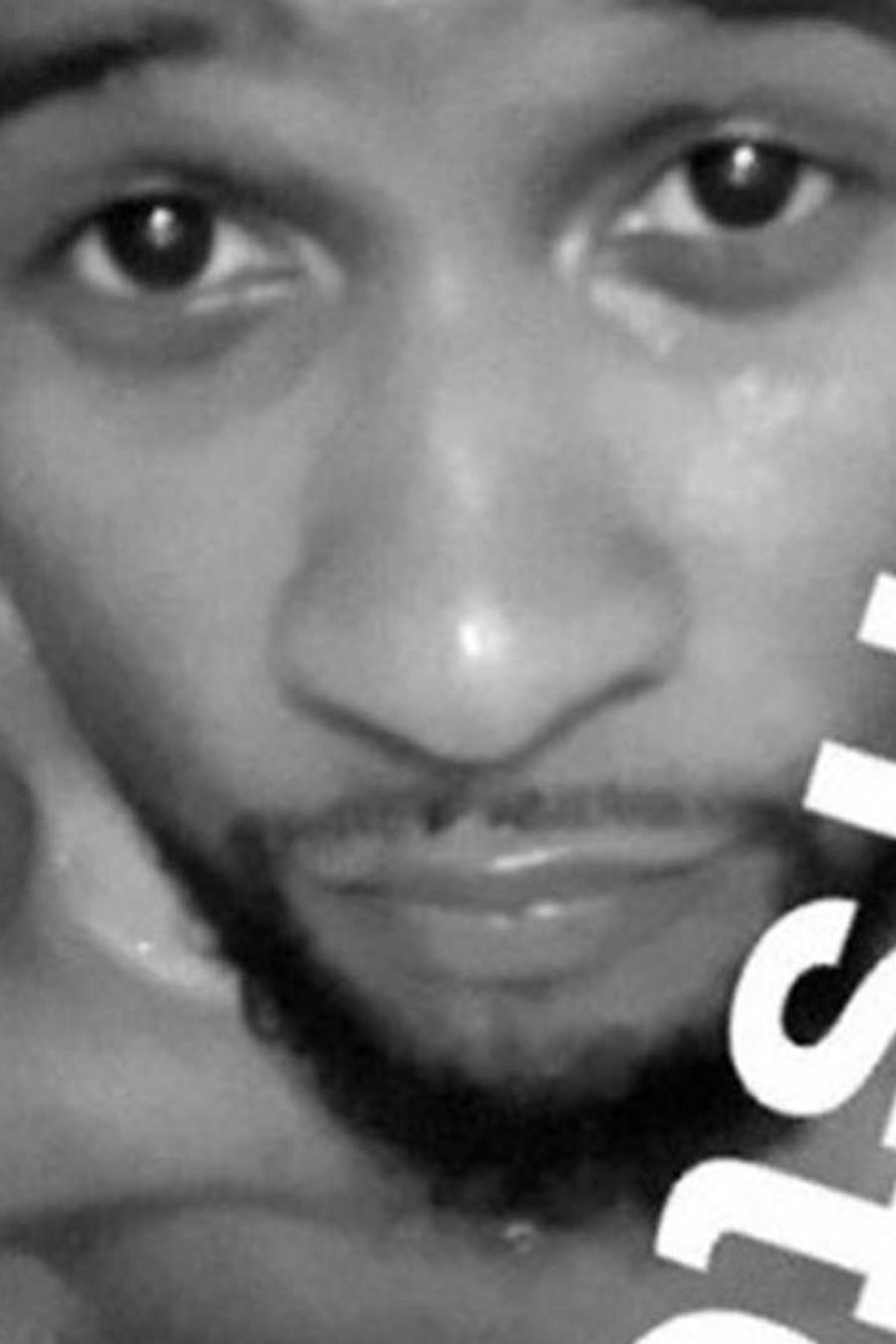 Captura de Snapchat de Usher en blanco y negro