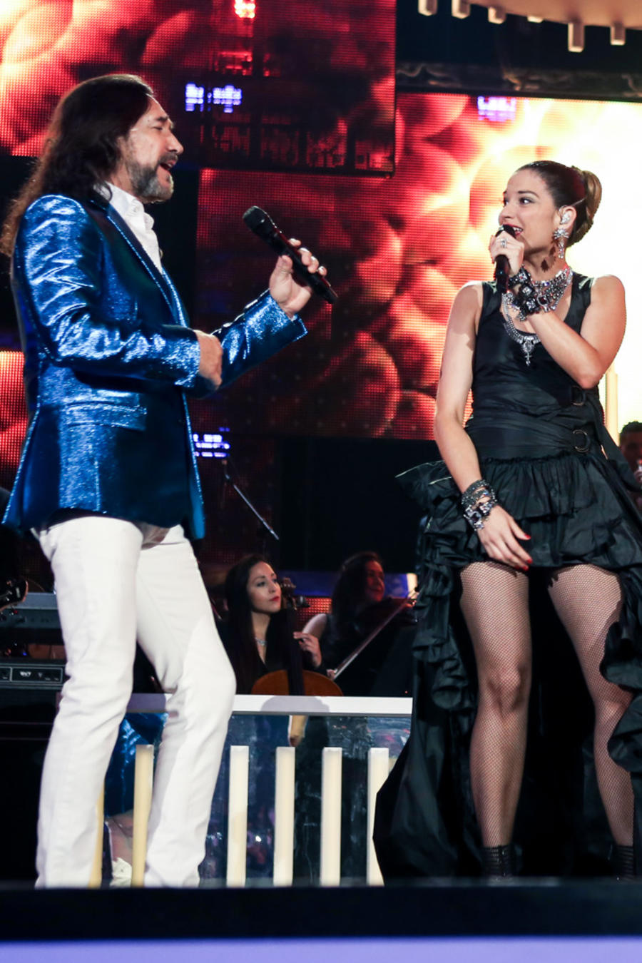 Marc Anthony, Marco Antonio Solís y Natalia Jiménez en la presentación de Premios Bil