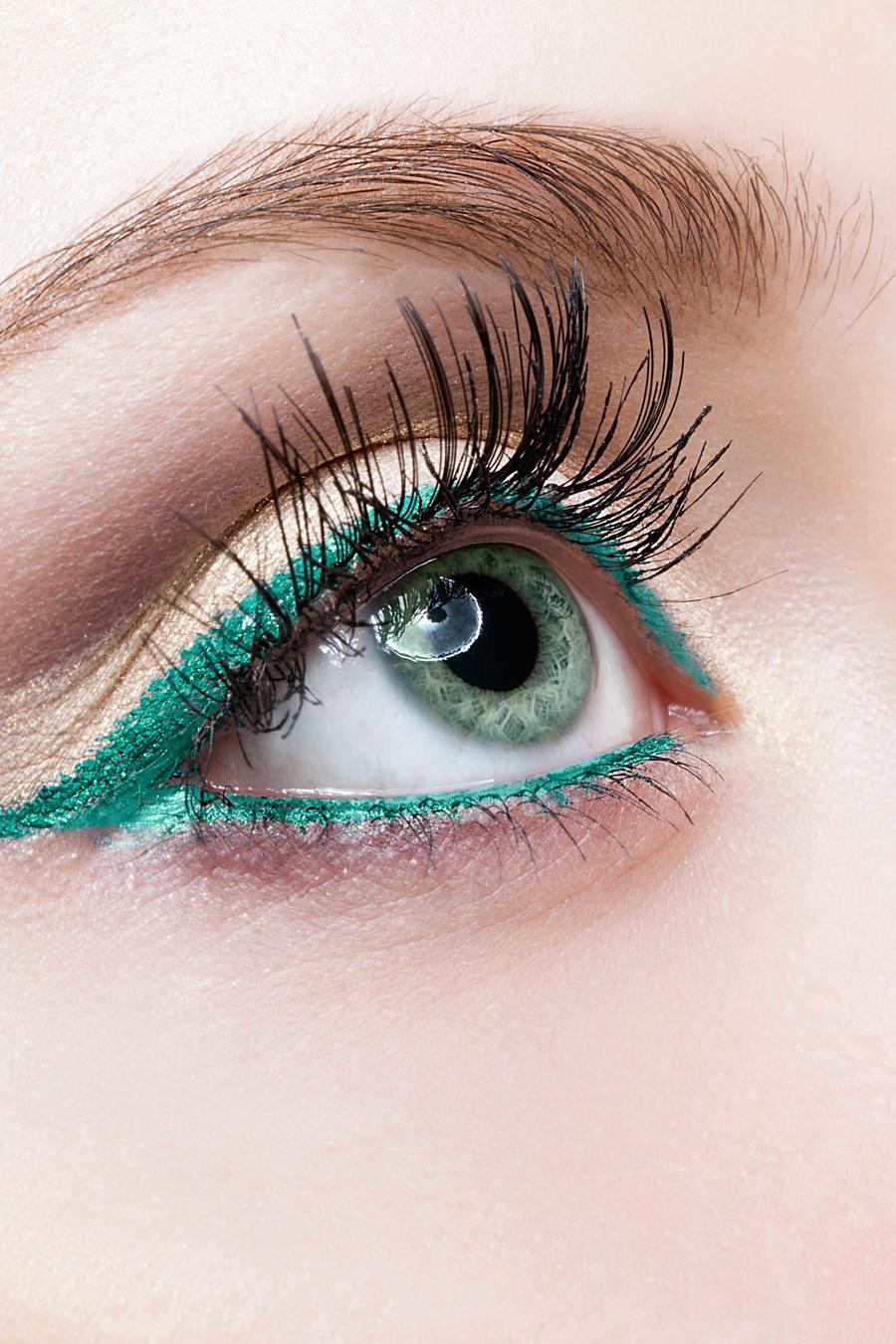 Ojos azules de mujer