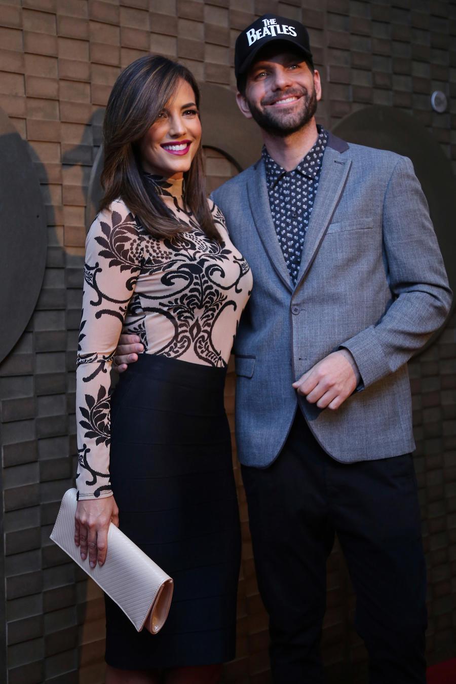 Gaby Espino y Arap Bethke HBO Red Carpet México 2016