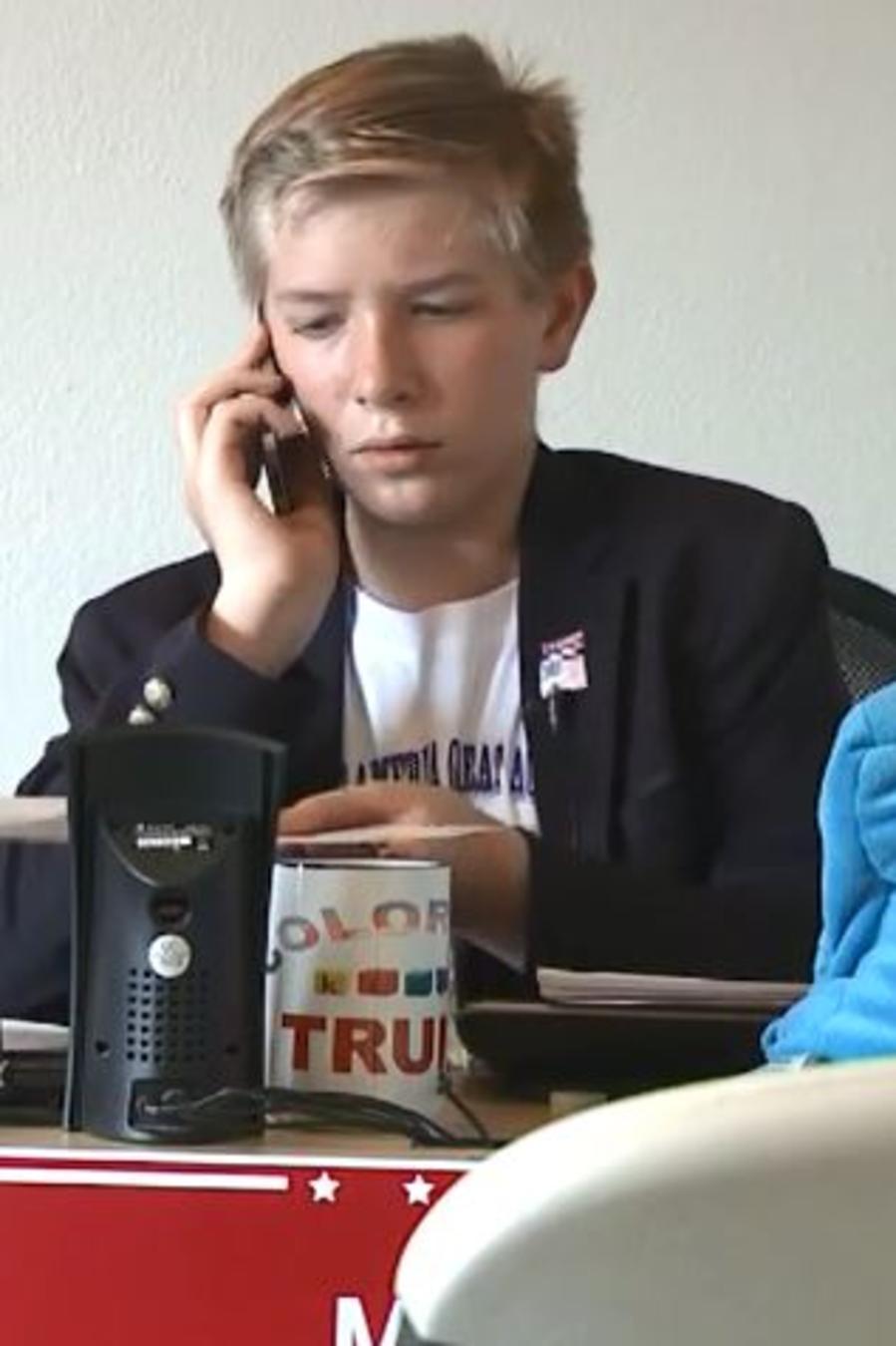 Weston Imer, el joven de 12 años de edad hace campaña a favor de Donald Trump en Colorado