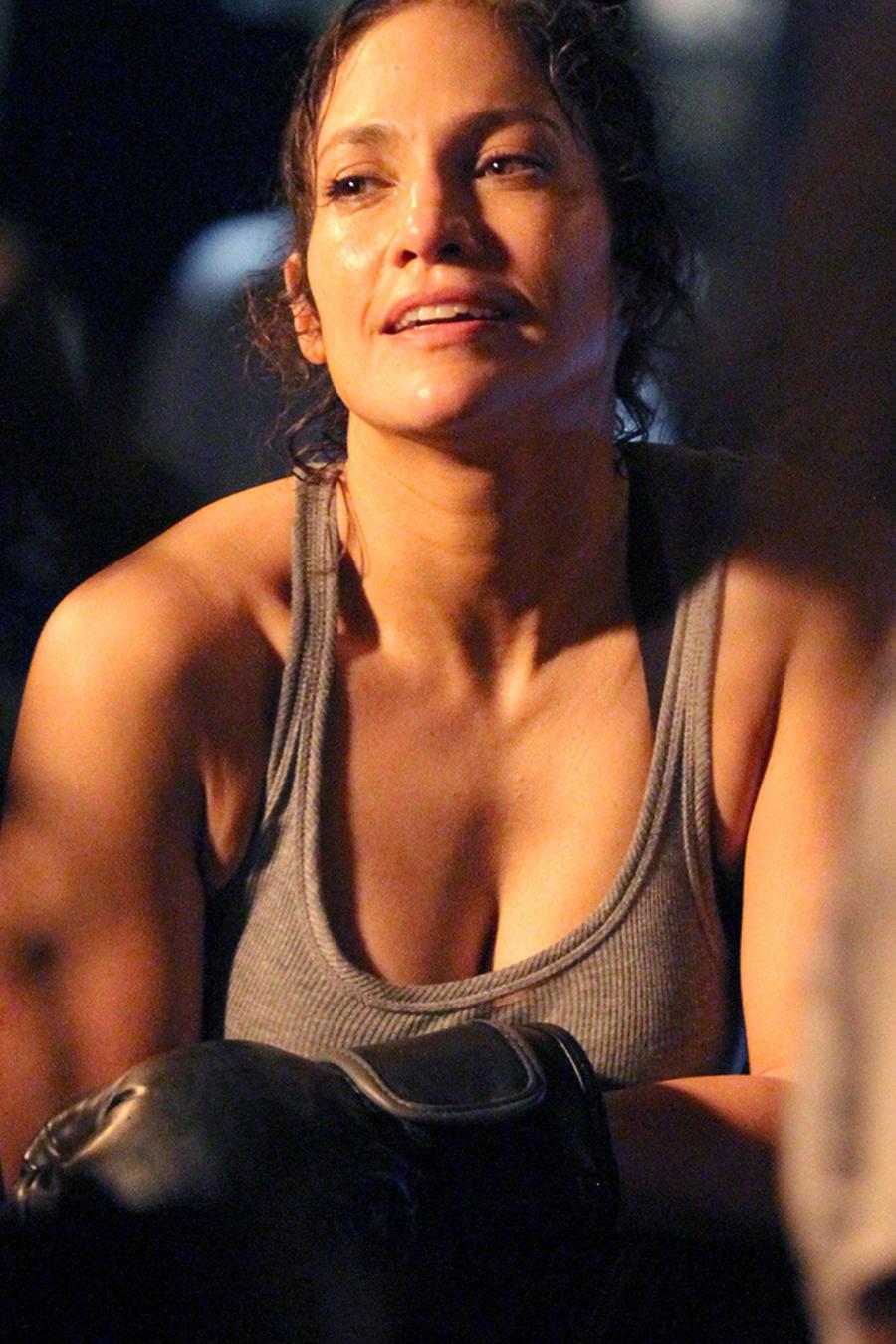 """Jennifer Lopez canaliza a Rocky Balboa mientras filma nuevas escenas de """"Shades of Blue"""""""