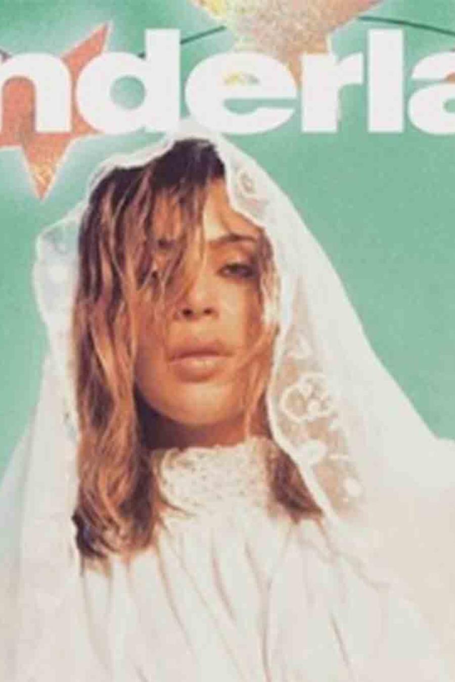 Kim Kardashian en la portada de Wonderland, otoño 2016