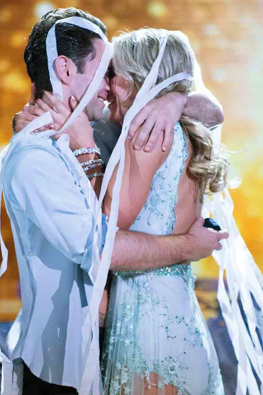 Emma Slater y Sasha Farber en Dancing with the Stars