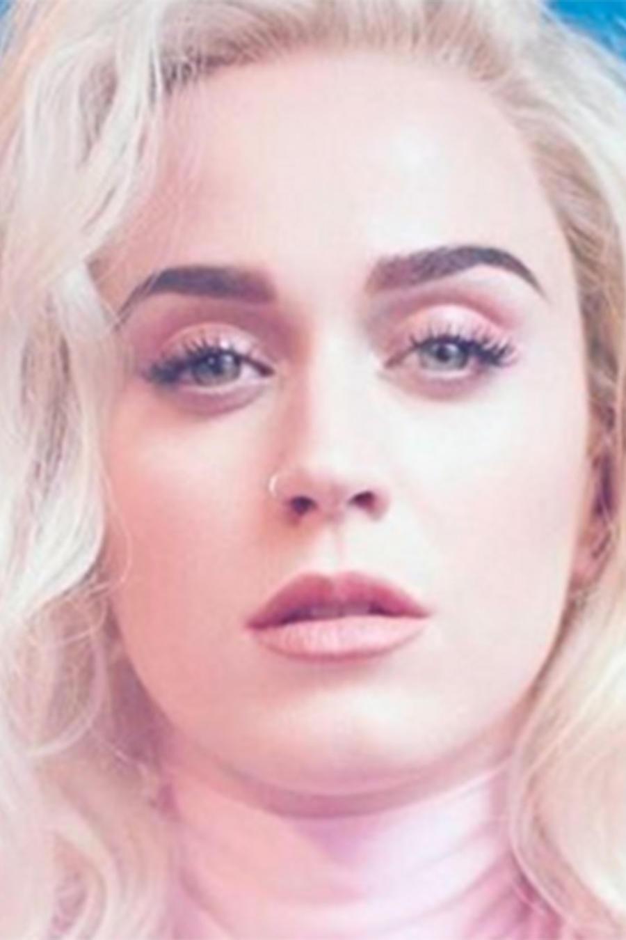 Katy Perry regresa al escenario de los Grammys