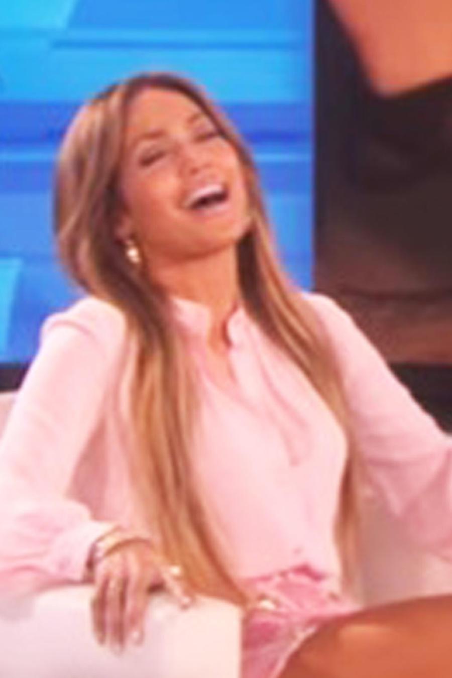 Jennifer Lopez en The Ellen Show y su abrazo con Drake