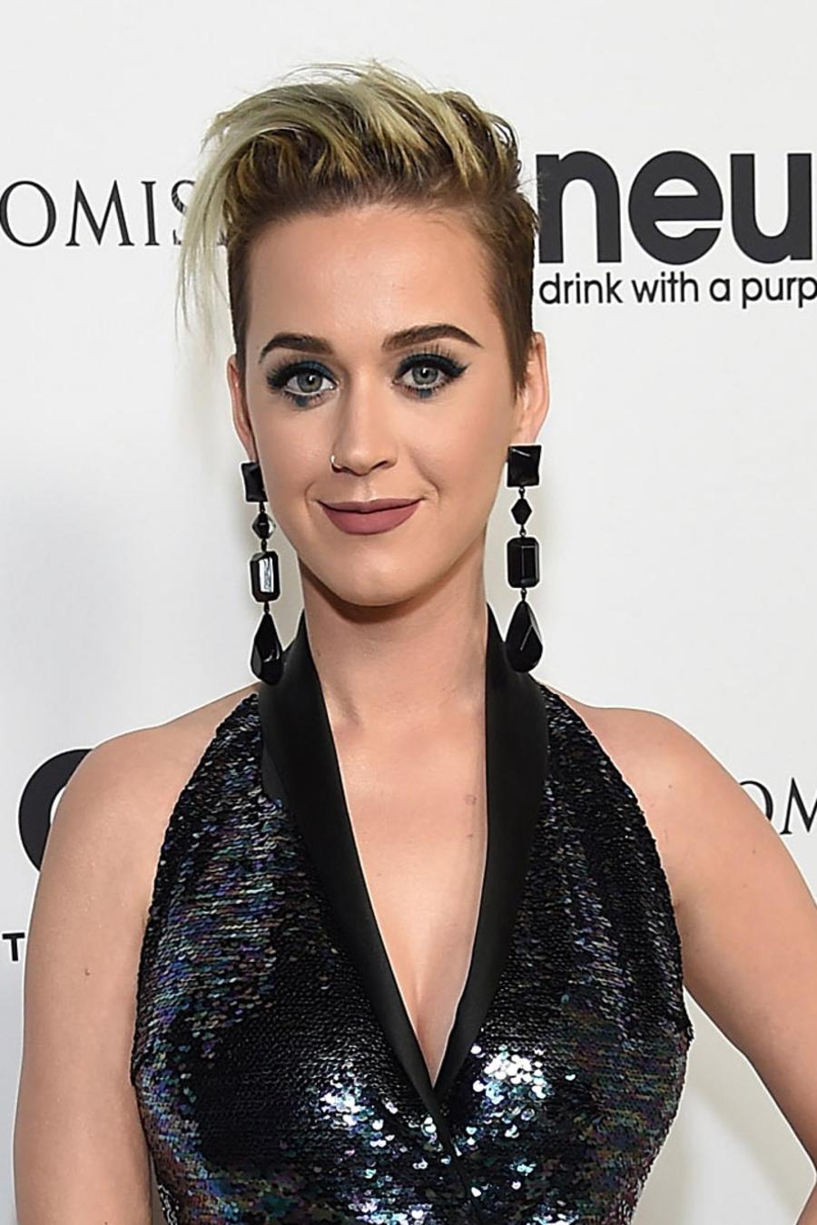 Katy Perry en la celebración por el cumpleaños de Elton John
