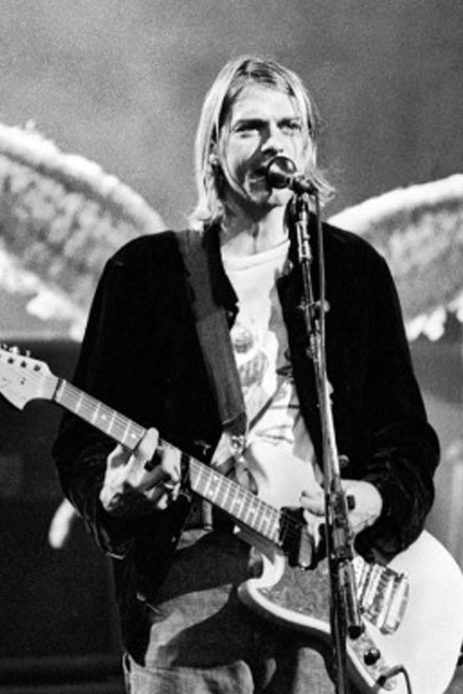 Kurt Cobain durante el MVT Live and Loud de 1993