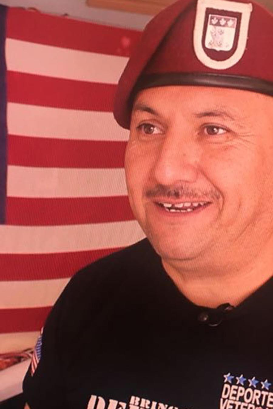 Héctor Barajas, un veterano de guerra deportado a México por un delito menor, recibió un perdón que le  facilitaría regresar a EEUU