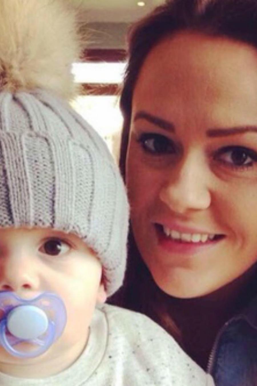 Louise Winstanley con su bebé
