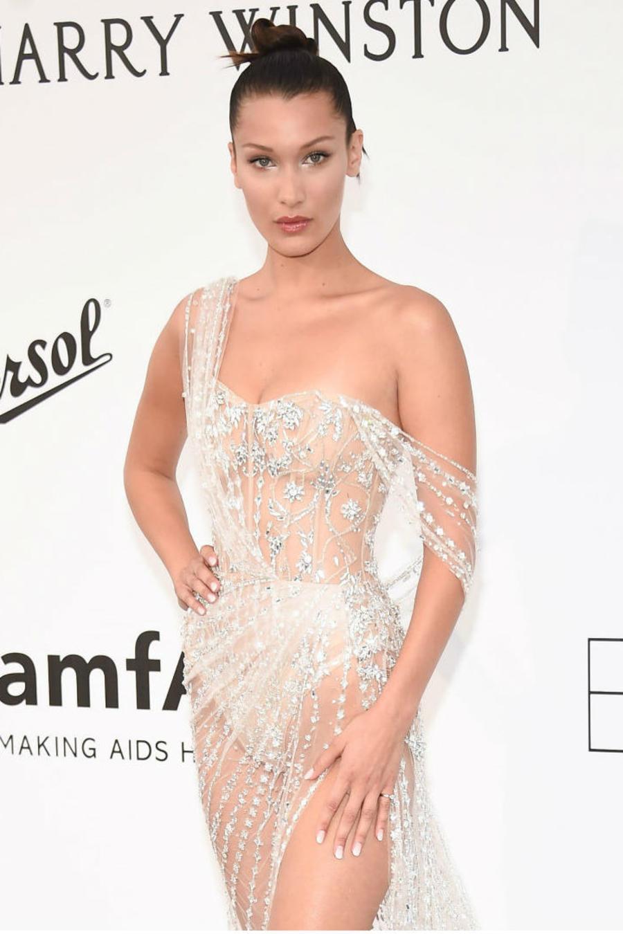 Collage Eva Longoria y Bella Hadid en la gala amFAR, en Cannes 2017