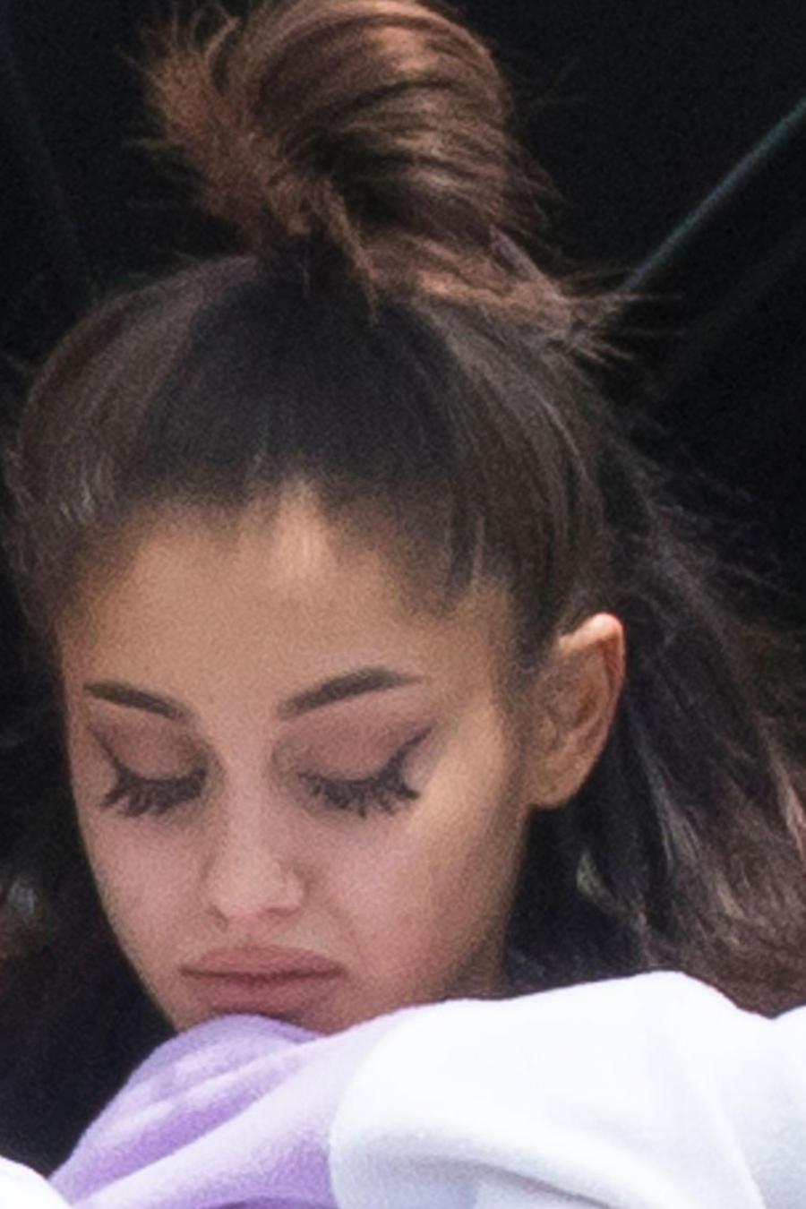 Un padre de tres fans de Ariana Grande le escribió una emotiva carta