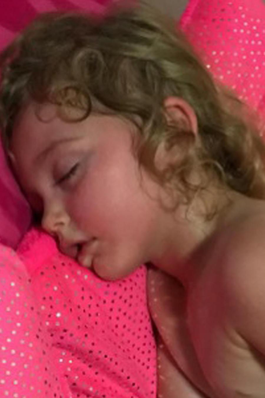 Anastasia dormida