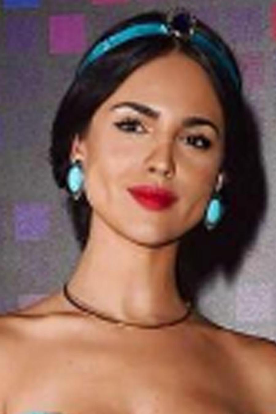 Eiza González vestida de Jasmine