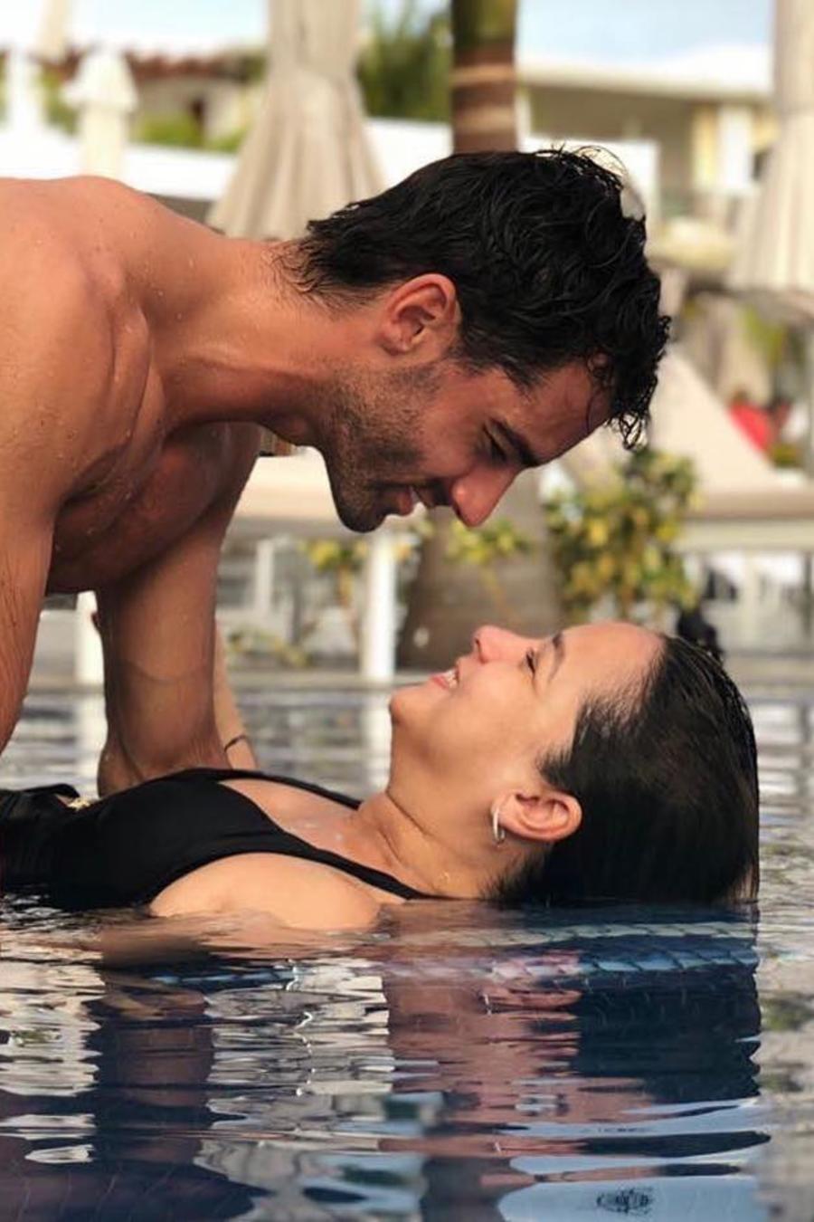Adamari Lopez y Toni Costa disfrutan en la semana de San Valentin