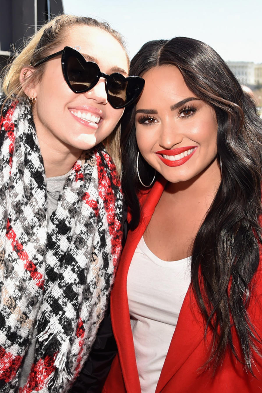 "Miley Cyrus y Demi Lovato en ""The March For Our Lives"""