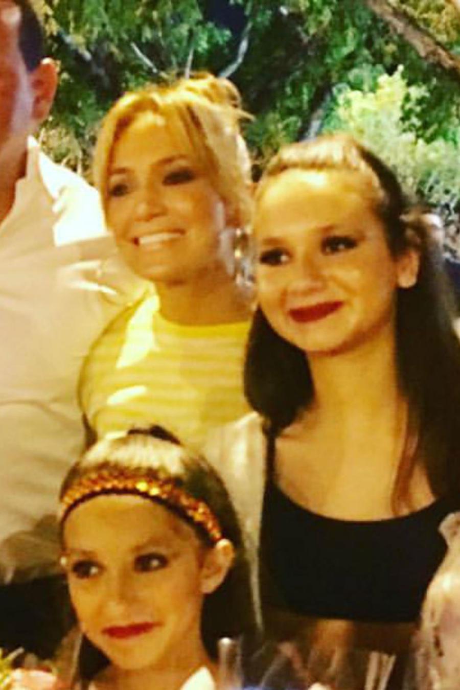 Jennifer Lopez con toda su familia