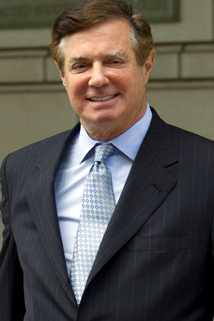 Paul Manafort, exjefe de campaña de Trump, sale de una corte federal en Washington D.C. el 23 de mayo de 2018