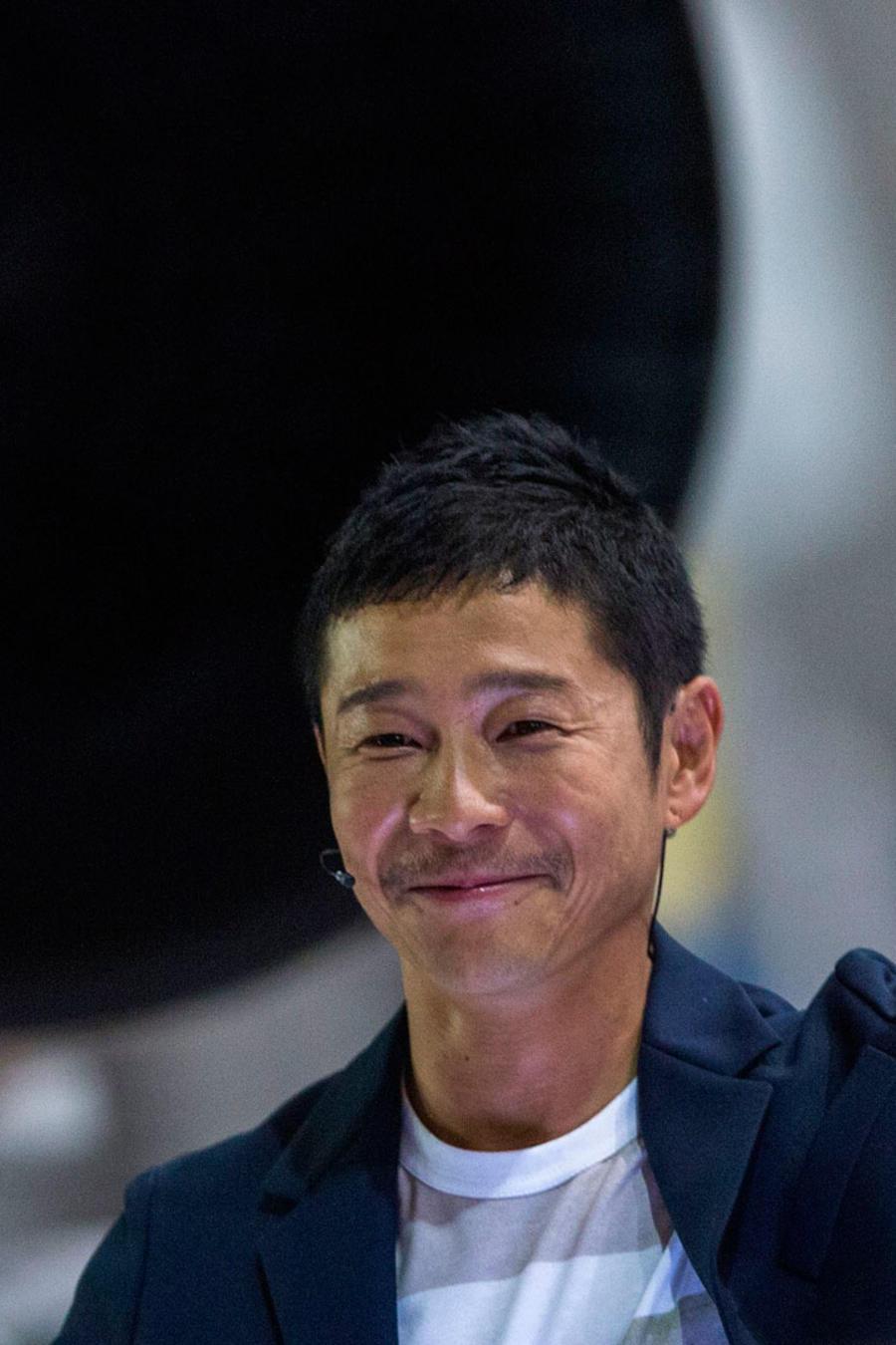 El multimillonario japonés, Yusaku Maezawa