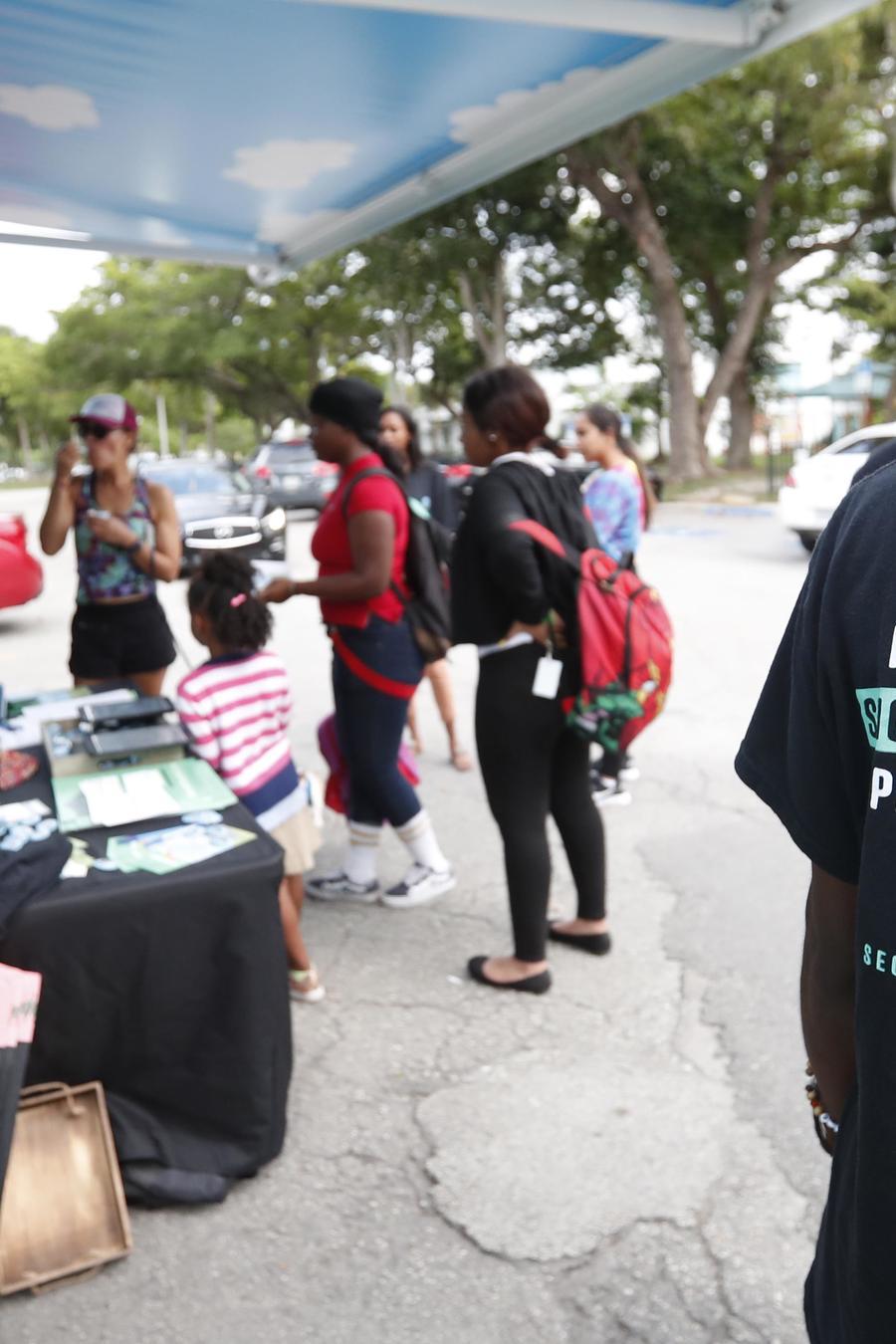 Los votantes en Florida aprobaron, en las elecciones de medio término de 2018, que se devuelva el derecho a votar a los expresidiarios