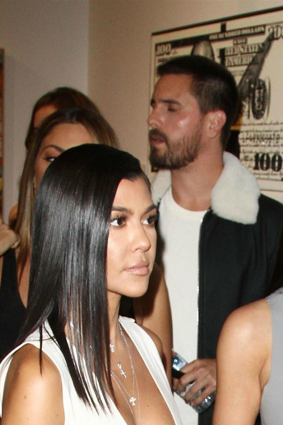 Kourtney Kardashian se encuentra con Scott Disick