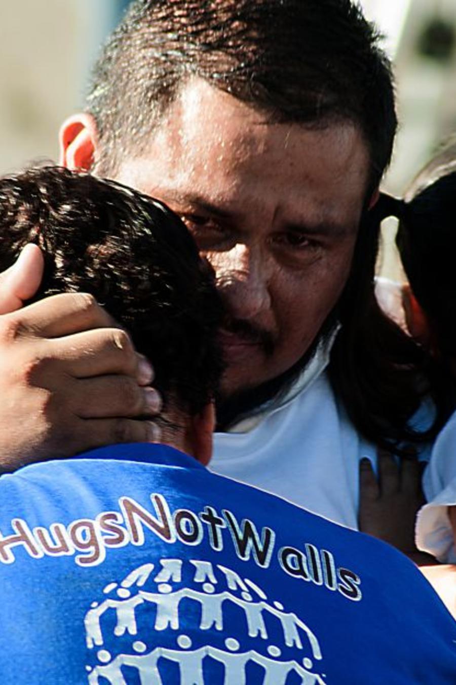 La corte rechaza restricciones de asilo a inmigrantes indocumentados